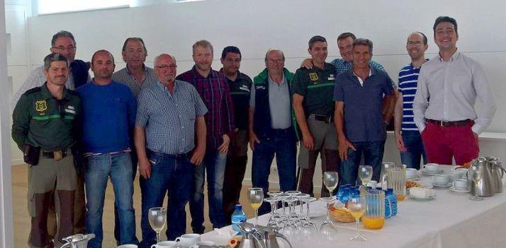 Una delegación de la Mancomunidad de los 150 Pueblos, en la factoría.