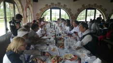 Foto 4 - Los Jurados almuerzan en la Casa de Autoridades
