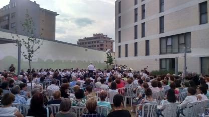 Foto 3 - La Banda cierra con éxito su primer concierto estival