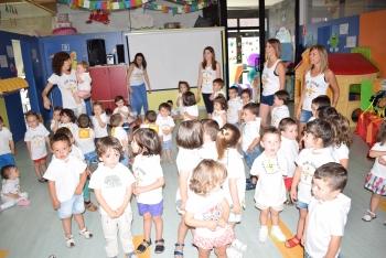 Foto 5 - La Escuela Infantil de Camaretas celebra las fiestas de San Juan