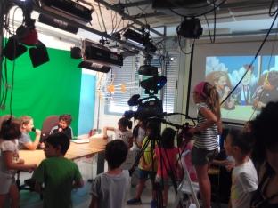 Foto 6 - Alumnos de infantil y primaria aprenden los oficios del CIFP Pico Frentes