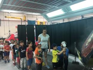 Foto 3 - Alumnos de infantil y primaria aprenden los oficios del CIFP Pico Frentes