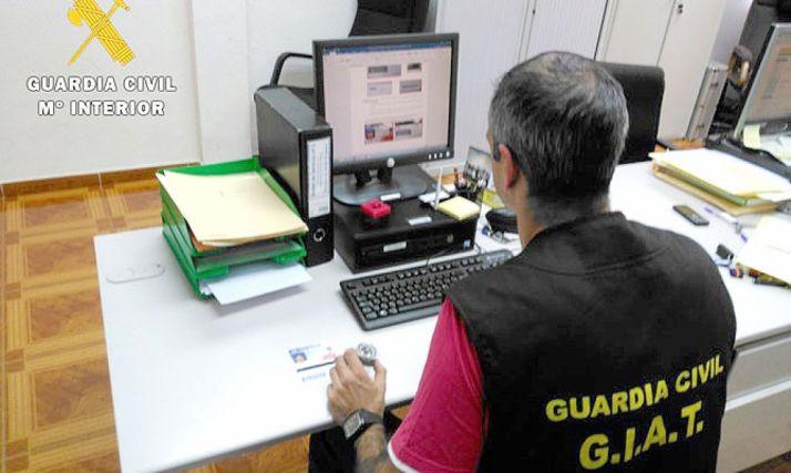 Agente del Grupo de Información y Apoyo de Tráfico (GIAT) de la GC.