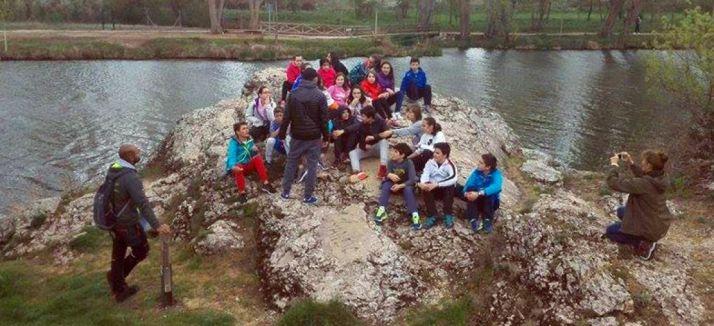 Un grupo a orillas del Duero./Ayto.
