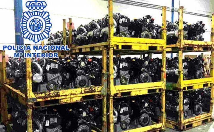 Estaban también en posesión de 138 motores sustraídos./CNP