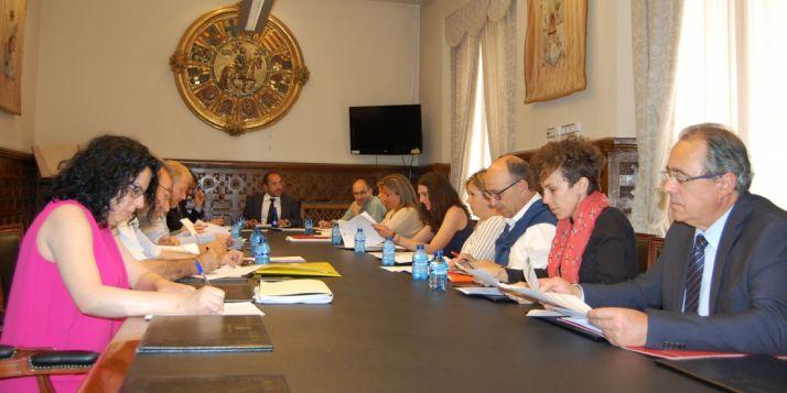 Reunión del patronato de la UNED./Dip.
