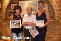 Marisa y Eugenio Sanz, junto a Susana Jiménez. /SN