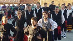Foto 3 - Corte de troncos y feria medieval en Molinos