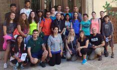 El obispo y el grupo de viajeros./DOS