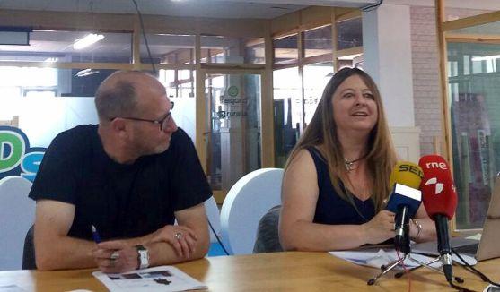 Gloria Rubio junto a Roberto Ortega este jueves en El Hueco.