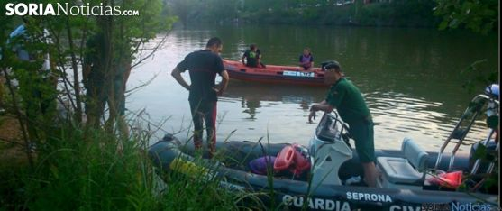 Operativo en el Duero tras el accidente. /SN