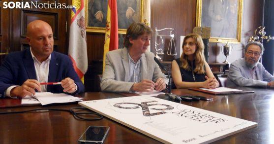 Aceña, (izda.), Martínez, Sancho y De la Casa este viernes en la presentación del ciclo./SN