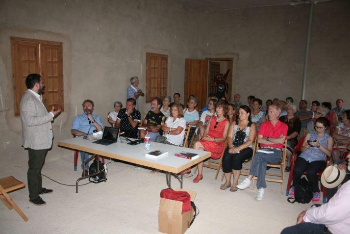 Conferencia en el castillo de Monteagudo.