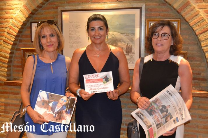 María Jesús Ciria y Asun Caslán, junto a Susana Jiménez. /SN