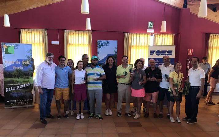 Jon Zubizarreta y Concha Esteban vencedores del torneo de golf de FOES