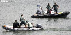 Labores de búsqueda de una persona ahogada en el pantano la pasada semana./SN