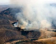 Otra imagen aérea del incendio./BRIF