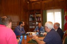 Foto 2 - Luis Rey se reúne con los ayuntamientos para coordinar acciones de promoción del sendero Soria-Abejar