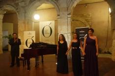 Elena Rey y Lucía Tavira ganan el IV concurso de Canto un Futuro