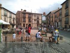 Foto 2 - Calurosa primera jornada de las fiestas del Burgo