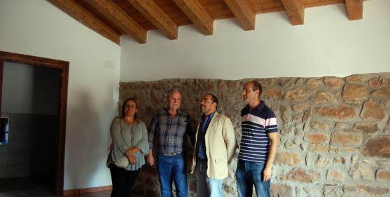 Visita institucional a un edificio de titularidad de Renieblas. /Dip.