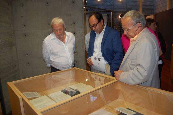 Baréz, López y Santonja en la inaguruación. /Ayto.