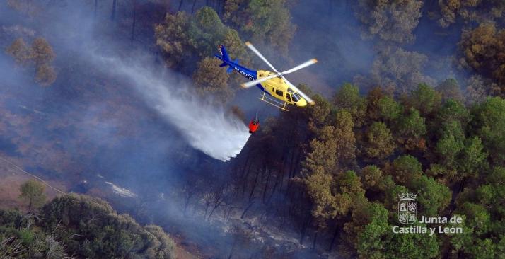 Foto 1 - Rebajan a nivel 0 el fuego de Fermoselle
