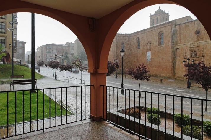 Foto 1 - Jornada dominada por las nubes en Soria