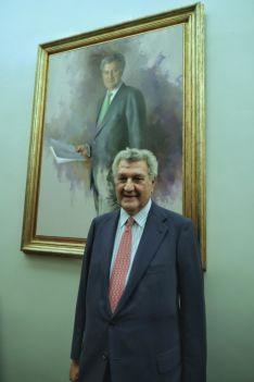 Foto 3 - El retrato de Posada ya se exhibe en el Congreso