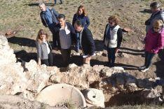 Imagen de la visita institucional a los jardines./Jta.