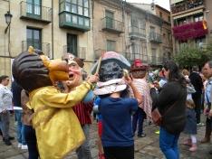 Foto 4 - Los gigantes y cabezudos llenan de color las calles de Soria
