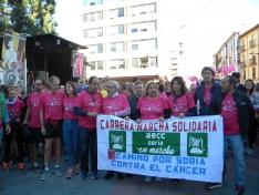 Foto 2 - Fotos: Multitudinaria Marcha contra el Cáncer en Soria
