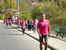 Fotos: Multitudinaria Marcha contra el Cáncer en Soria
