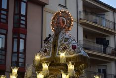 Procesión de San Saturio y traca en honor al Patrón.