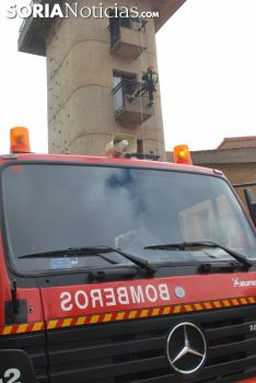 Simulacro de rescate en el parque de bomberos este viernes./SN