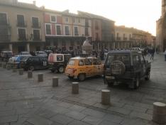 Los coches clásicos en El Burgo