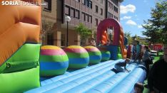 Juegos infantiles en la capital. SGC