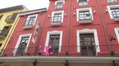 Edificios de la capital, contra el cáncer de mama.