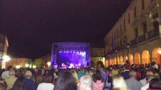 Foto 3 - Tequila llena la Plaza Mayor y divierte a la capital