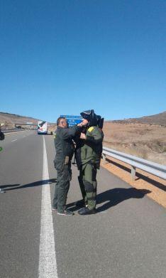 Foto 4 - Cortada la A-15 a la altura de Medinaceli por una falsa amenaza de bomba en un autobús