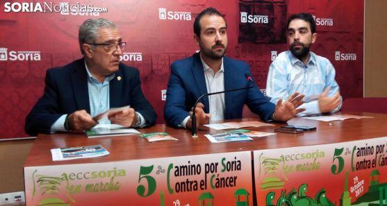 Fernando Ligero (izda.), Ángel Hernández y Daniel Pérez este viernes./SN
