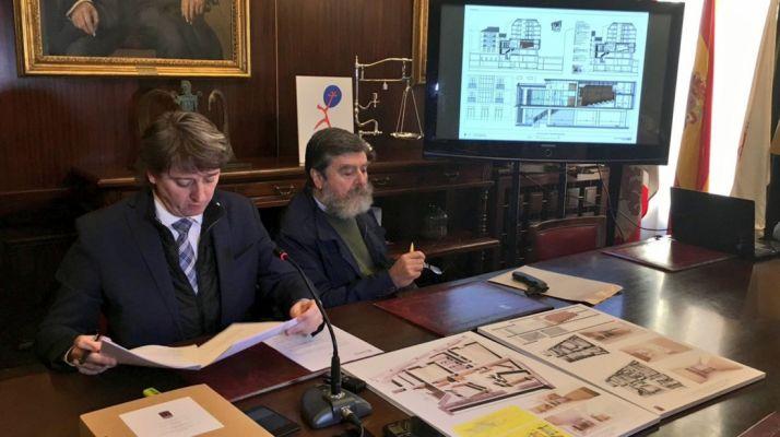 Carlos Martínez Mínguez y Fco. Javier Ceña en la presentación del proyecto.