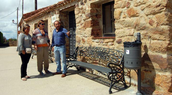 Mobiliario instalado en Narros en esta convocatoria.