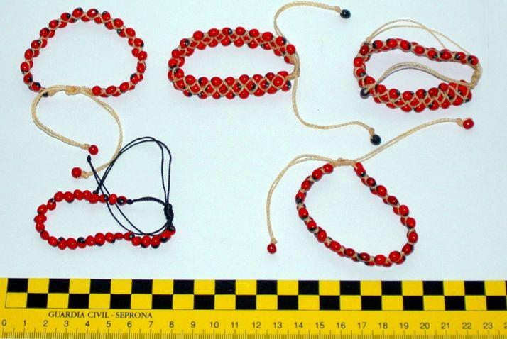 Las pulseras intervenidas por el Seprona/Seprona