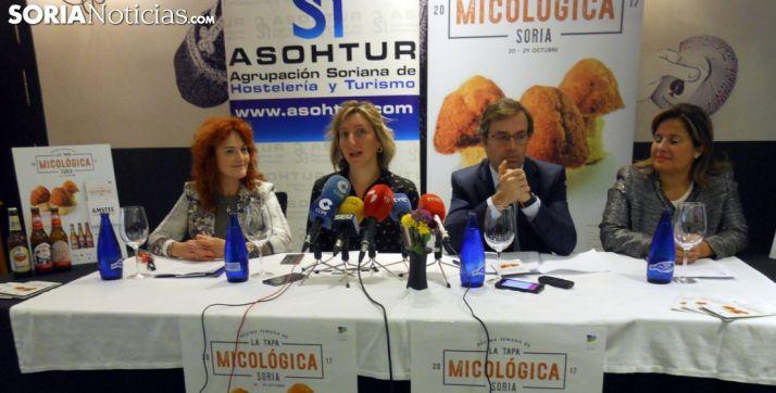 Ana Calvo, (izda.), Yolanda Santos, Javier Ramírez y Esther Pérez. /SN