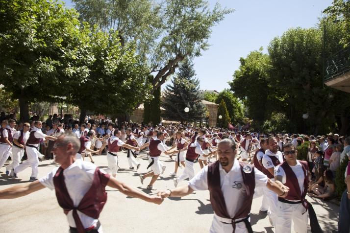 Foto 1 - Los Que Faltaban celebran esta tarde su barrilada