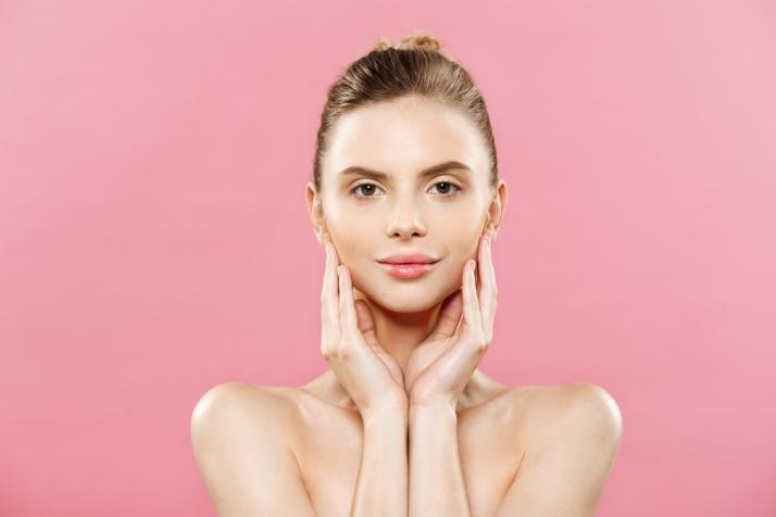 Foto 1 - Cuída tu piel según la necesidad de la edad