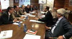 Reunión de responsables de Medio Ambiente y del emirato. /Jta.