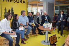Participantes en el debate. /SN