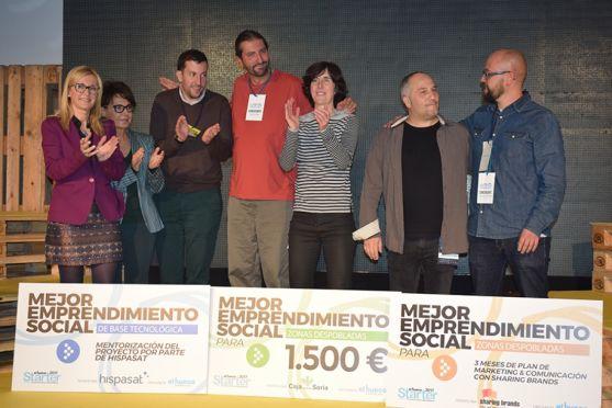 Ganadores de los tres premios de la fiinal de 'El Hueco Starter 2017'. /SN